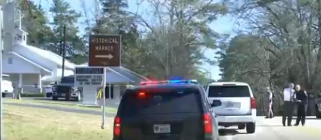 Tiroteo en iglesia de Texas deja a pastor muerto y 2 heridos