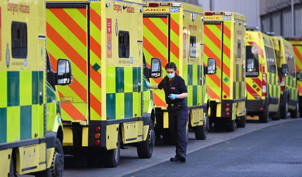 Alcanza Reino Unido otro récord de nuevos contagios de COVID-19