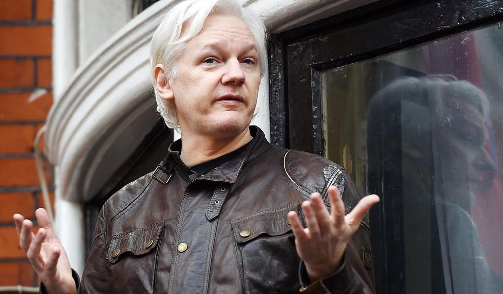 Corte británica niega libertad bajo fianza a Julian Assange