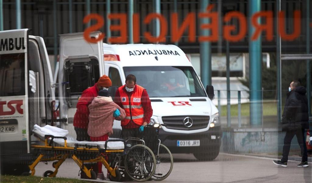 Tercera ola de COVID-19 se dispara en España con 61,422 casos más