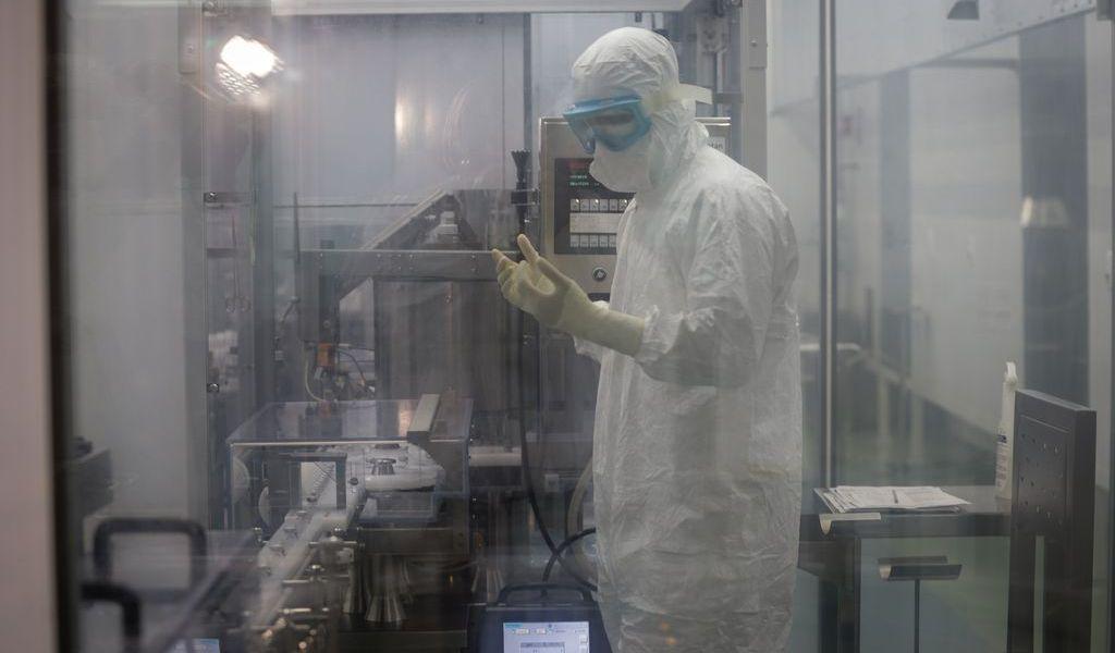 Avala Brasil uso de 2 vacunas contra COVID-19