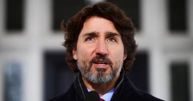 Preocupa a Trudeau que la UE impida a Canadá recibir vacunas contra COVID-19 provenientes de Europa