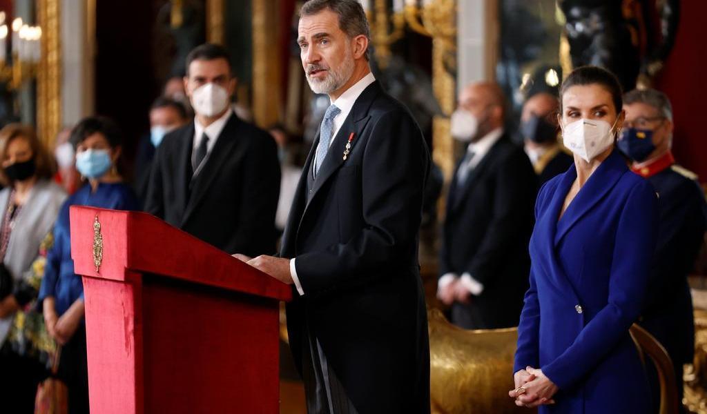 Felipe VI anima a México a 'realzar el pasado común' en el bicentenario