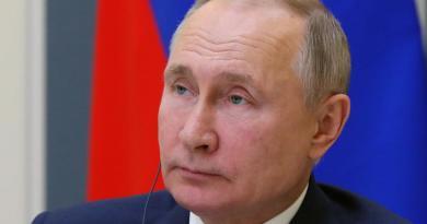 Promulga Putin la extensión del último tratado de desarme nuclear con EUA