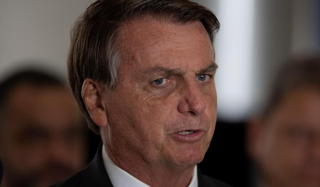 Afirma Bolsonaro que no le tiene miedo 'al pueblo armado'