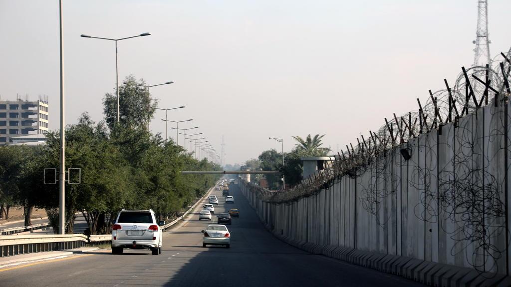 Impactan dos cohetes cerca de la embajada de EUA en Bagdad