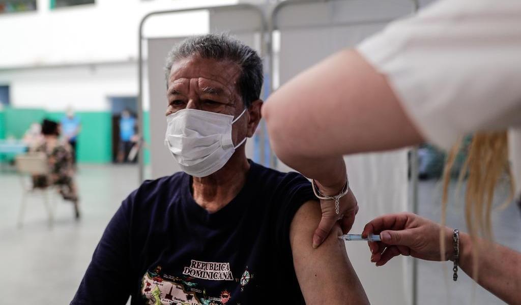 Argentina recibirá el jueves las primeras vacunas de Sinopharm
