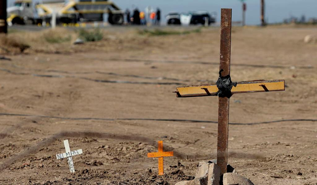Hay cinco mexicanos hospitalizados tras choque en California