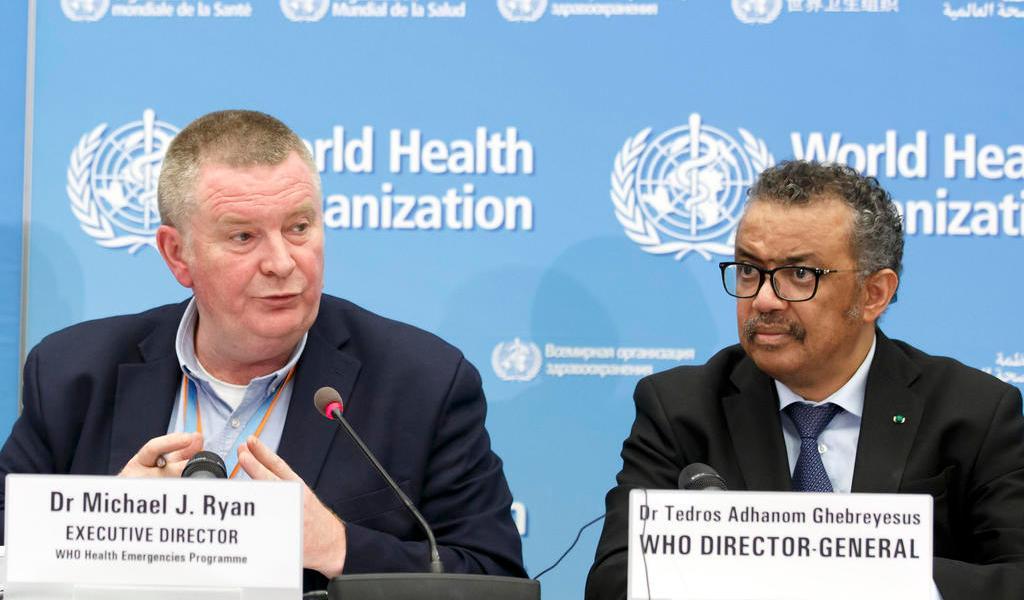 OMS pide a productores de vacunas contra COVID-19 renunciar a patentes