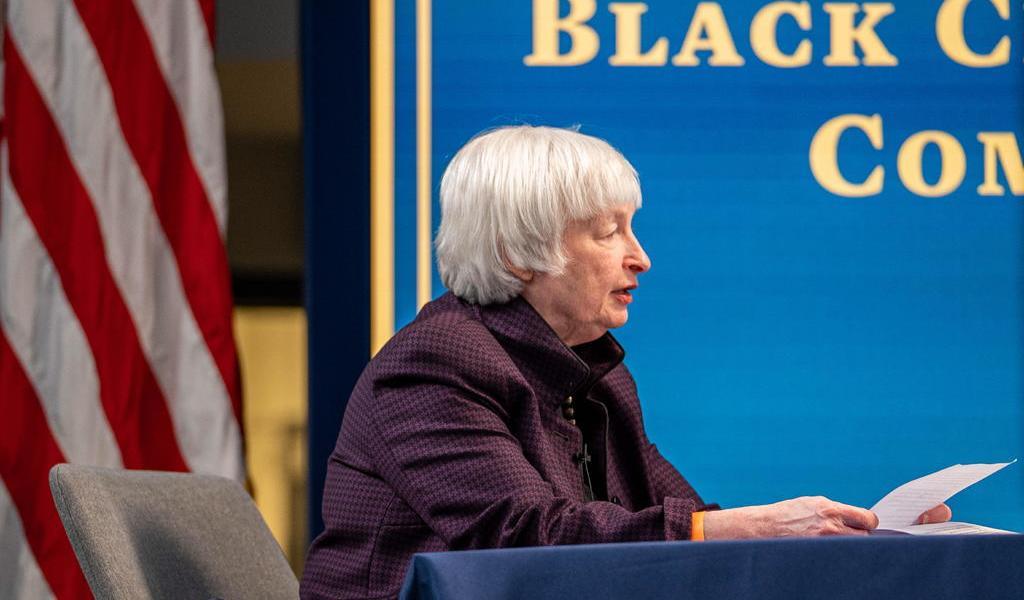 Janet Yellen prevé que EUA vuelva a pleno empleo en 2022 por apoyo fiscal