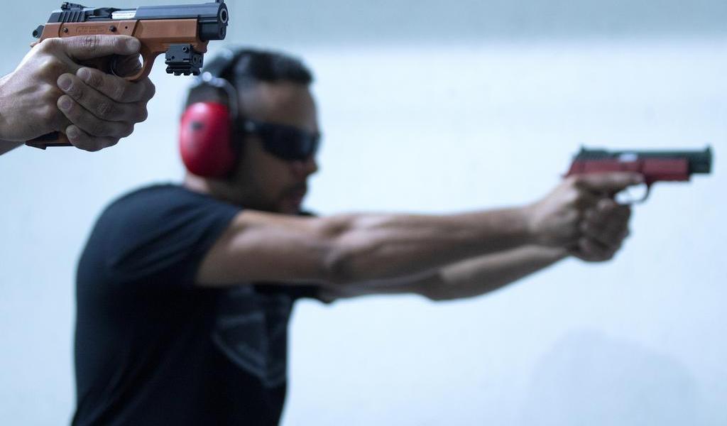 Cámara Baja de EUA aprueba dos iniciativas para reforzar control de armas