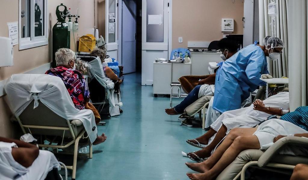 Toma Brasil medidas para evitar desabastecimiento de oxígeno y medicamento para pacientes COVID