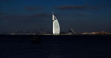 Lanzan Emiratos y China línea de fabricación de vacuna COVID