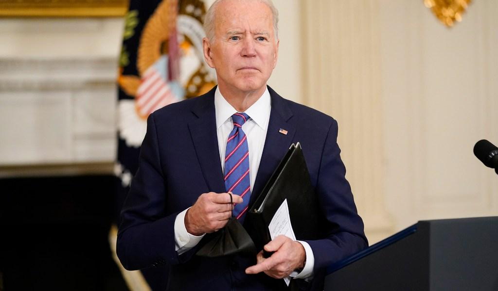Biden levanta sanciones contra la Corte Penal