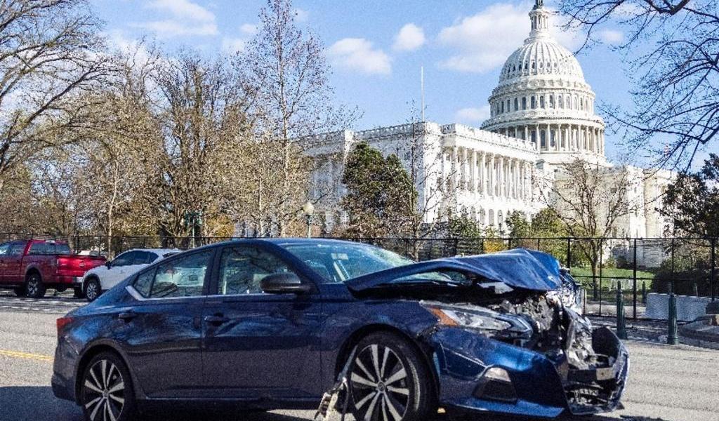 Atacante del Capitolio debatía entre la religión y la paranoia