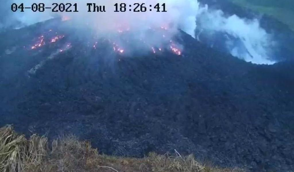Un crucero evacuará en San Vicente a quienes viven cerca del volcán La Soufriere