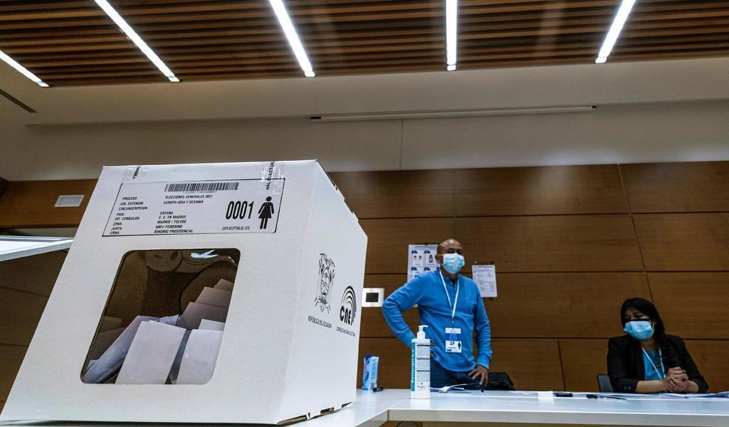 Jornada electoral en Ecuador transcurre con normalidad en primeras horas