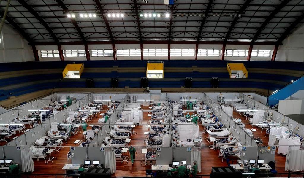 Segunda ola de pandemia se ensaña con menores de 40 años en Brasil