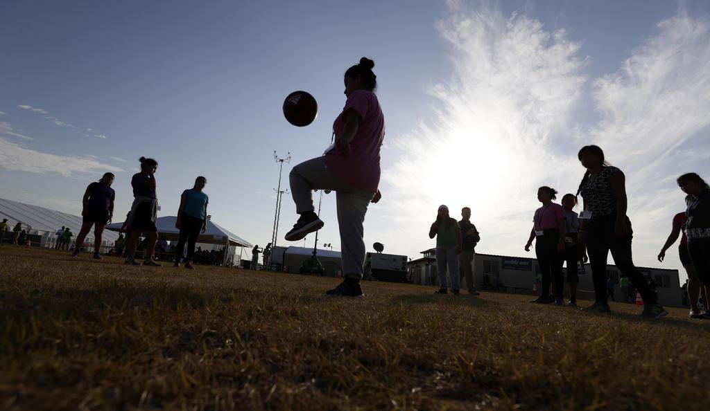 Abren albergue de emergencia en California para recibir niños migrantes