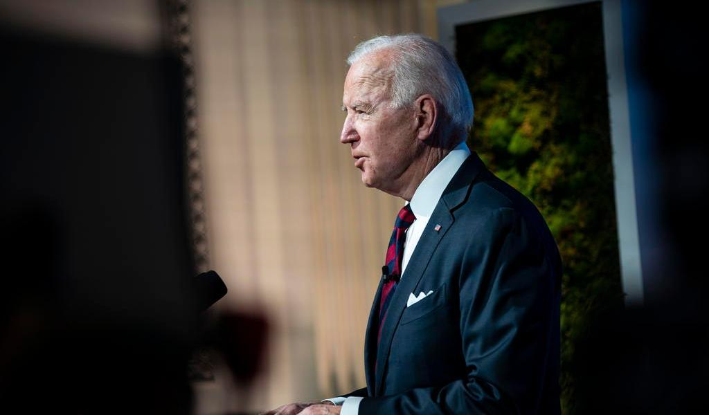 Biden, con más de 50 % de aprobación