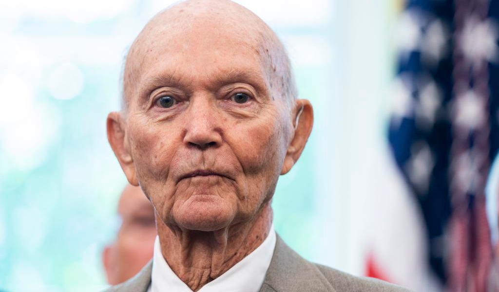 Muere astronauta de la misión Apolo 11, Michael Collins