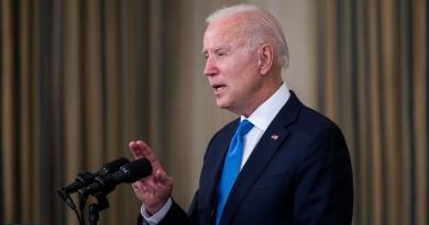Cumple Biden meta del regreso a las escuelas