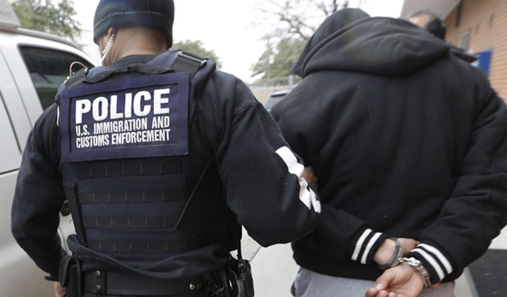 Deportaron a padres sin sus hijos pese a súplicas