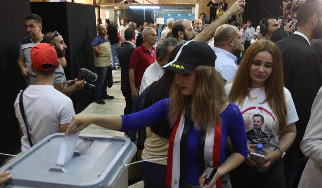 Vota Siria en presidenciales rechazadas por el exterior y la oposición