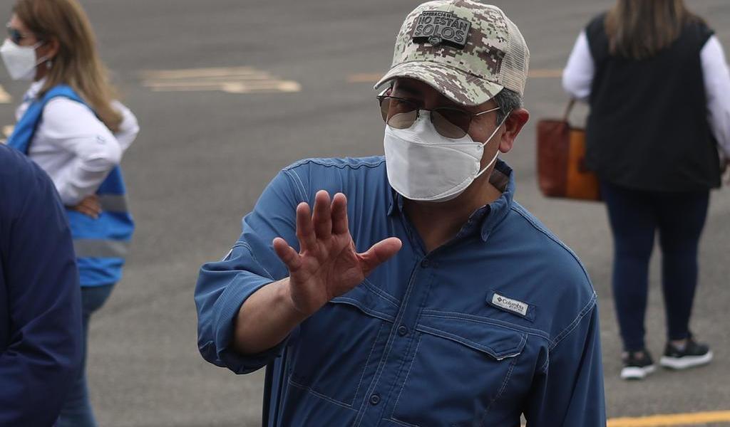 Asegura presidente de Honduras que México donará vacunas contra COVID