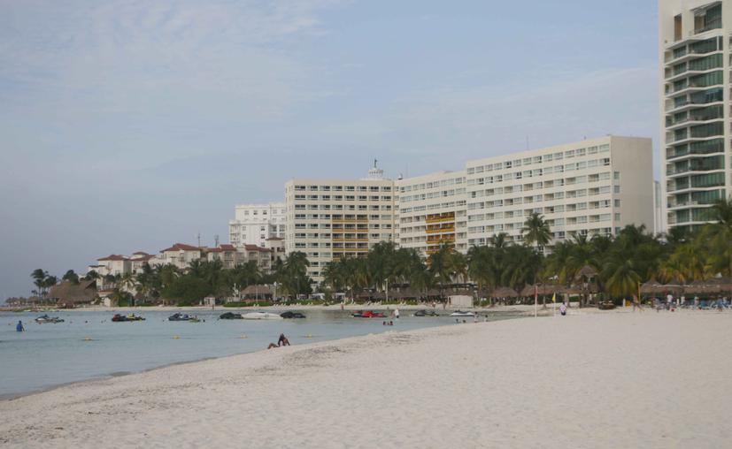 Cancún: Presenta Semarnat guía para eficiencia energética de hoteles