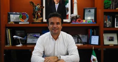 Exhorta Pedro Joaquín a la Federación para sumar esfuerzos por Cozumel