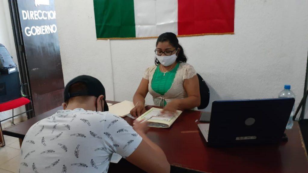 PROMUEVE MUNICIPIO DE ISLA MUJERES QUE JÓVENES CUMPLAN CON EL TRÁMITE DE SU CARTILLA MILITAR
