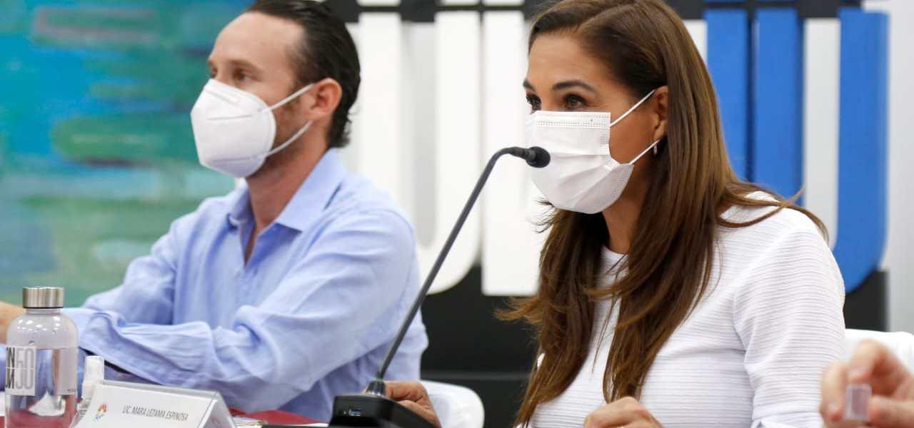 ENTREGAN RECONOCIMIENTOS A GANADORES DE CANCÚN TIENE ESTRELLA