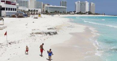 Reabrieron playas públicas en Quintana Roo con sana distancia y cubrebocas obligatorio