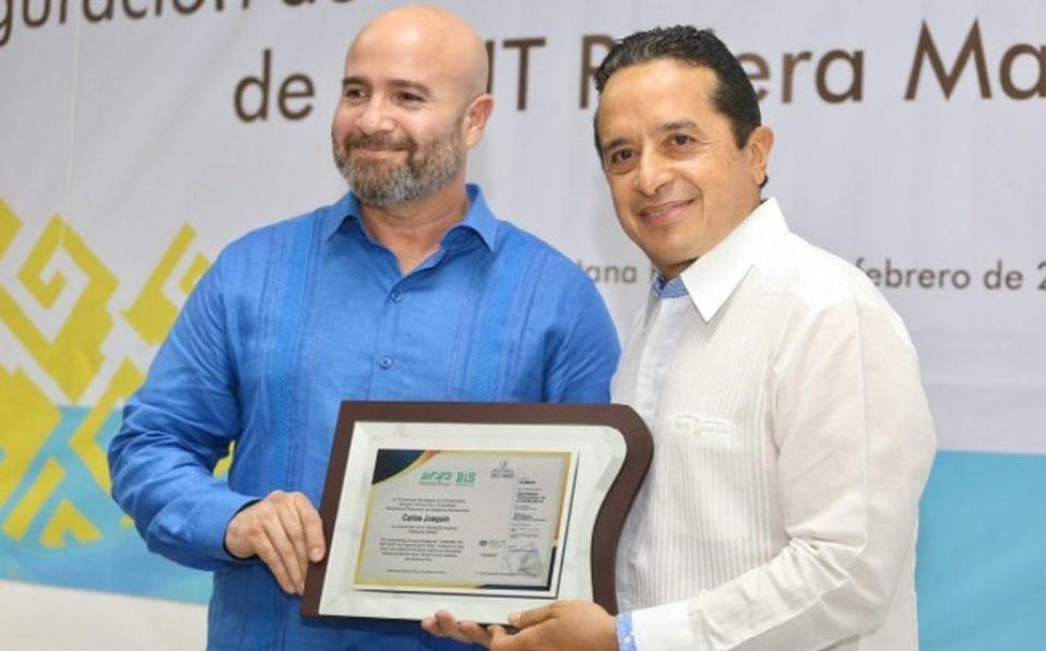 Inauguran red de energía solar en la Universidad Tecnológica de la Riviera Maya