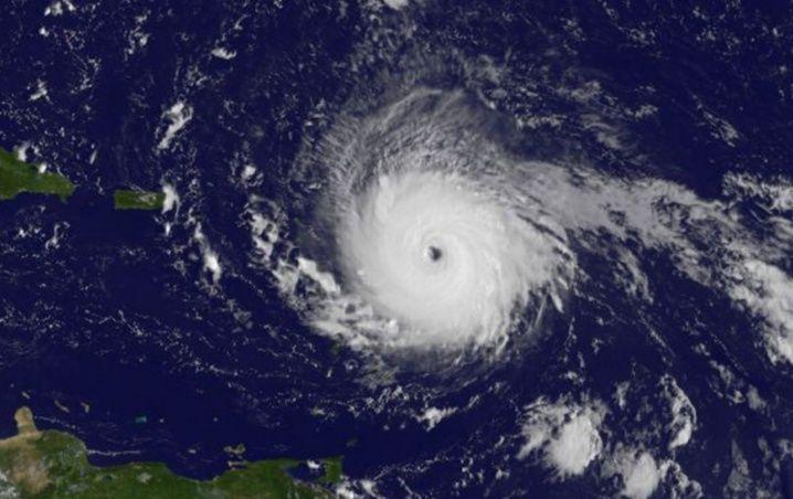 """Trombas marinas anuncian llegada de huracanes fuertes"", señala anciana maya"