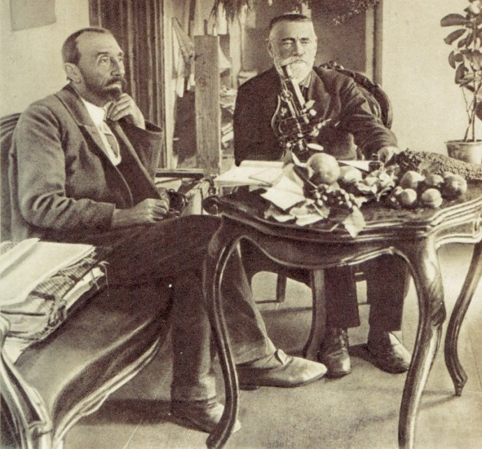 В. И. Мичурин и проф. Н.И. Кичунов, 1927