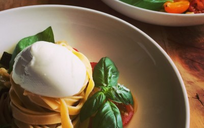 Summer vegetable pasta with Mozzarella and Basil