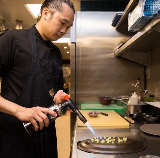 LIDIJA'S_KITCHEN_Chef Tuna prep cucumber sous-vide_COYA PART2_1