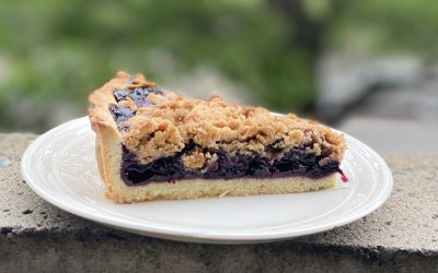 Whiskey-Sour Blueberry Pie with Wine Syrup and Cinnamon Crumble