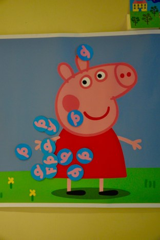 pin the tail on peppa