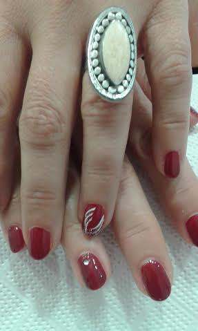 red nails white detail ring lydia