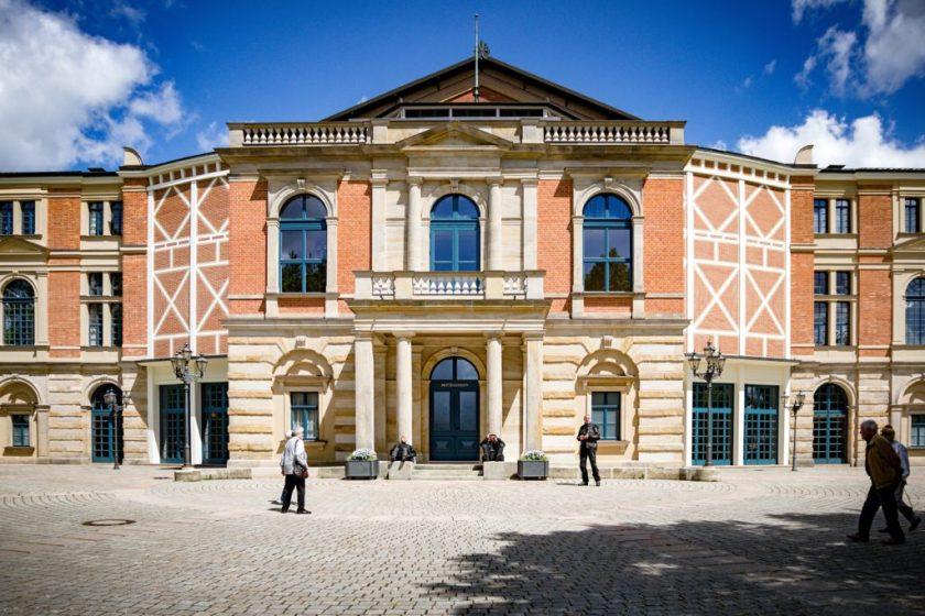 Bayreuth - Grüner Hügel und Festspielhaus