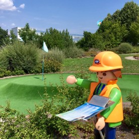 PLAYMOBIL figure in miniature golf
