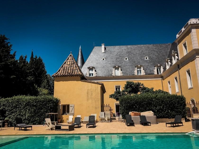 Unser Schloss mit Pool