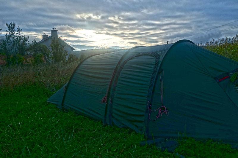 Die Lebensabenteurer unterwegs mit Zelt in Europa