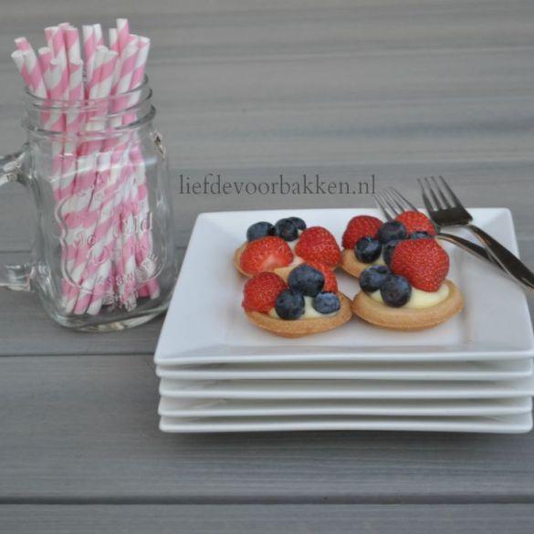 Mini fruit gebakjes