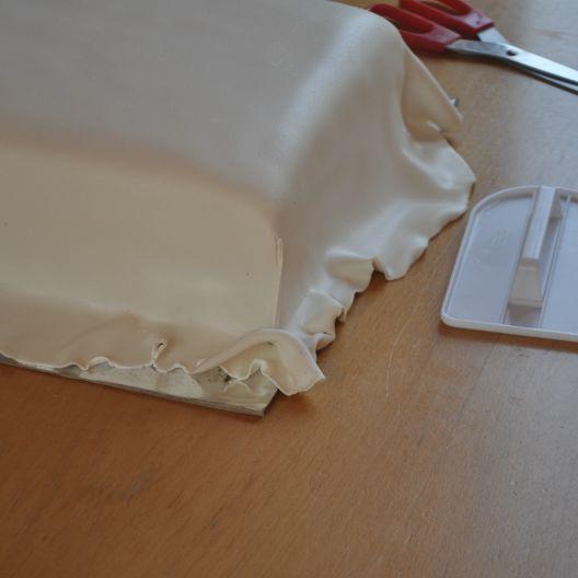 Vierkante taart bekleden met The Mat