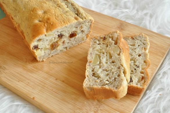 Bananenbrood met Griekse yoghurt en appel-kaneel