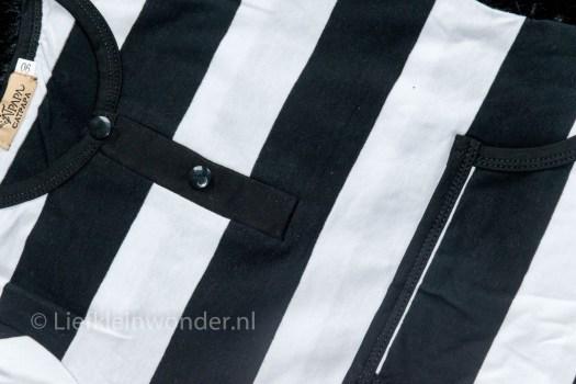 AliExpress babykleding - onesie pyama zwart wit strepen wolkjes